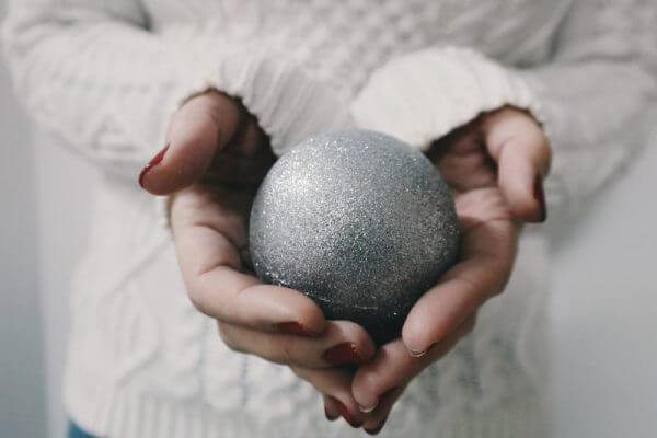 Zaterdag 10 december nodigen wij u uit voor ons kerst event Wij halen graag het mooiste in u naar boven! Hoe zou u het vinden om de mooiste versie van uzelf te zijn?